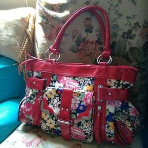 Nicole Lee Summer Handbag